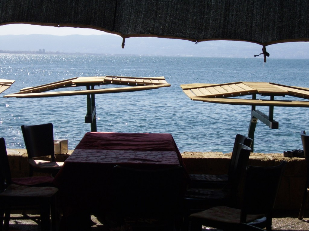 restaurant_by_the_sea